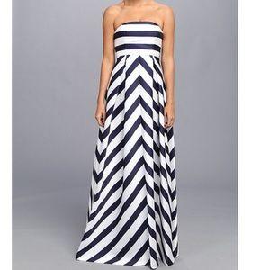Jessica Simpson Maternity chevron dress chic
